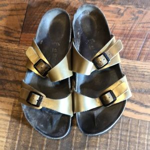 BIRKENSTOCK Arizona leather 2 strap sandals Sz 41